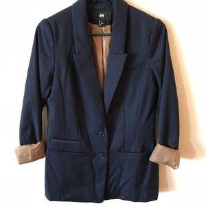 Chic Navy blazer!